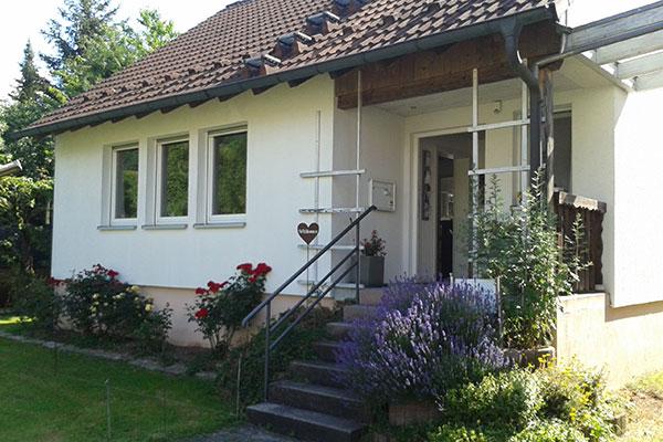 Hauseingang der Praxis